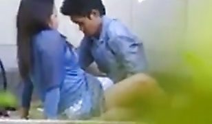 Couple fuck in park after her boyfriends meeting Indo viral scandal